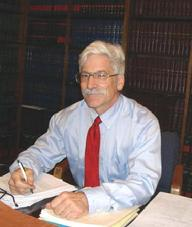 192_Lawyer_Bob_in_the_library_001